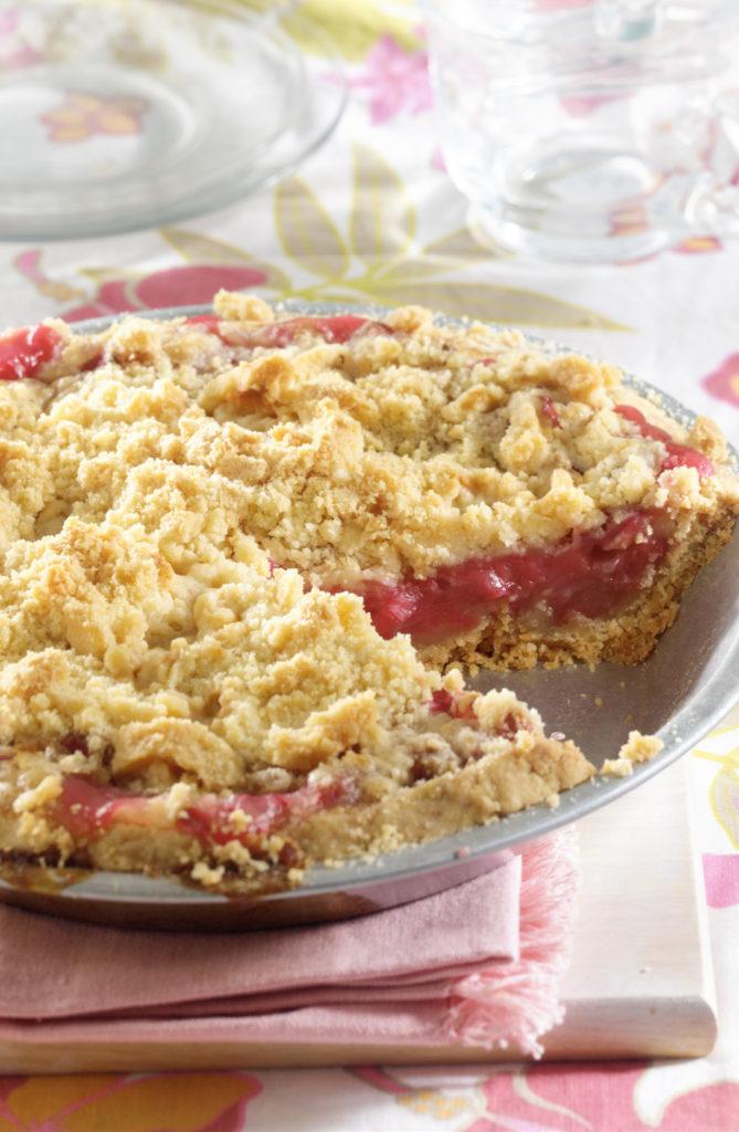 Crusty Rhubarb Pie